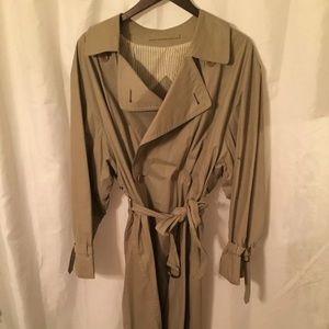 authentic BURBERRY PROSORUM TRENCHCOAT size 38